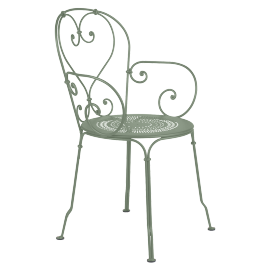 Fermob 1900 : chaise à accoudoirs empilable