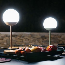 Fermob Mooon : lampe LED sans fil
