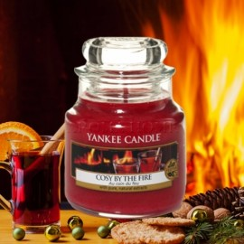 Yankee Candle Cosy by the fire