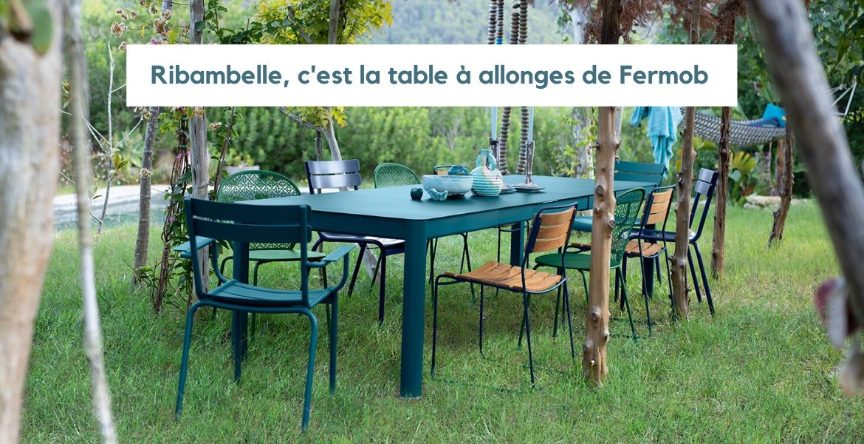 La table à allonges intégrées pour vous faciliter la vie